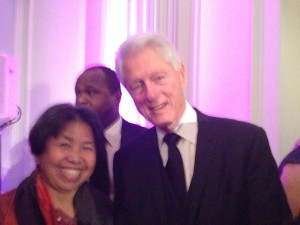 Mrs Mora Gibbings with former US President, Mr Bill Clinton